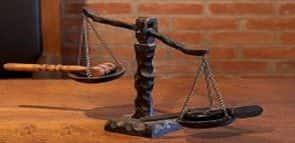 Conheça as áreas mais bem pagas do Direito