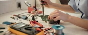 Descubra quanto custa uma faculdade de Engenharia Elétrica