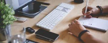 Conheça as 9 melhores profissões para trabalhar em casa
