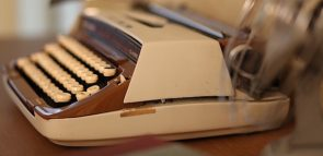 Descubra quanto ganha um escritor