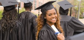 Conheça opções pra quem quer fazer faculdade em menos tempo