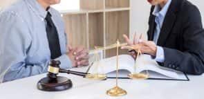 Descubra como conseguir uma bolsa de estudos para Direito