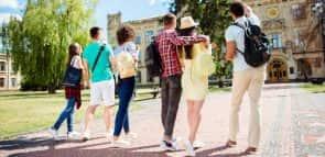Conheça opções de faculdades na área de Humanas