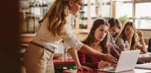 Unopar EAD: Saiba tudo sobre a faculdade e como estudar lá