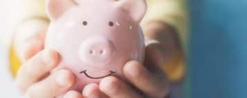 Descubra quanto ganha um assistente financeiro