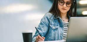 Saiba tudo sobre fazer um curso de tradutor e intérprete